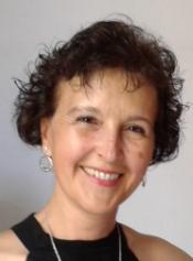 Julia María Carabaza Bravo